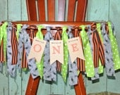 CLASSIC HALLOWEEN Theme High Chair Birthday Banner/First Birthday/ONE Banner/Photo Prop/Orange/Black/Spiders/Green/Spooky/Boo/Chair Banner