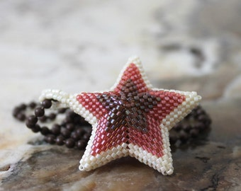 beaded star in bronze peach and cream