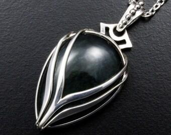 Velvet obsidian silver pendant with stream lines