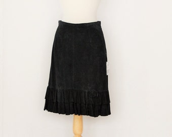 Boho festival black suede leather pencil skirt / flirty ruffled bottom hem / retro unused NOS with tags / womens small