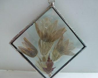 Vintage Pressed Flowers in Beveled Glass Sealed Pressed Flower Ornament