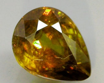 Red And Green Flash Honey Sphene Faceted Pear Shape 7 x 6 MM, 1.17 Carat, Pleochroic
