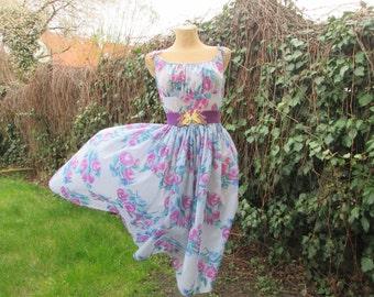 Circle Full Dress / Dress Vintage / Circle Dress / Summer Dress /  Size EUR36 / 38 / UK8 / 10