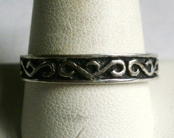 Vintage Sterling Silver Man's Band Ring-Size 11