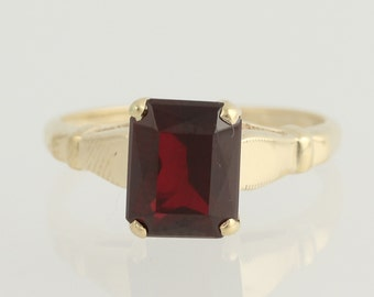 Vintage Garnet Solitaire Ring - 10k Yellow Gold January Birthstone 1.70ct N247