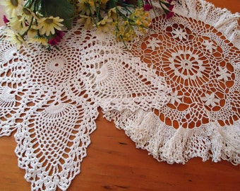 2 Doilies Doily Crocheted Doily White Vintage Doilies  B268