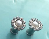 0g 8mm 2g 6mm 4g 5mm Flowery Grey Pearl  Rhinestone 316L Surgical Stainless Steel Double Flared Plugs for Stretched Ears-  Tunnels Gauges