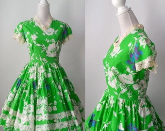 Vintage Green Dress, Cotton Ruffled Dress, 1950s Dress, 1950s Green Dress, Square Dancing Dress, Retro 50s Dress, Cotton Green Dress