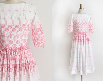 vintage 1950s L'aiglon dress // 50s pink eyelet day dress