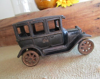 Cast Iron Toy Car, Ford Model T Touring Sedan, Vintage Automobile Toy, Vintage Toy Car, Made by Arcade Manufacturing