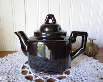 Small Red Ware Brown Glazed Teapot   Tea for One     Cottage Charm