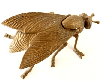 Vintage Brass Fly Ashtray / Trinket Box with Pivoting Wings, Made in Italy (c.1930s) - Collectible Ashtray, Trinket Holder, Insect Oddity