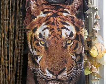 ZARA - Detailed Tiger Portrait Tunic Top with Cropped Sleeves, Vintage - Medium to Large