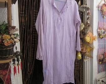 Embroidered & Sequined Light Lilac Cotton Caftan Dress / Tunic, Vintage - Large to XLarge -