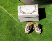 Moccasin - Native american shoes - miniature shoes