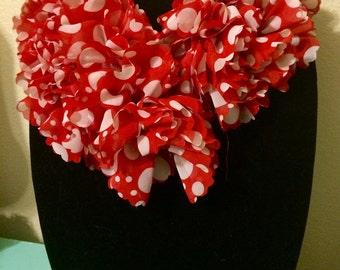 15 % OFF Valentine Heart Red White Neck Scarf