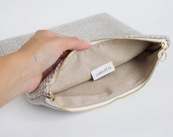 Weaving knit hand clutch pouch - handmade knitting purse - baby blue and white
