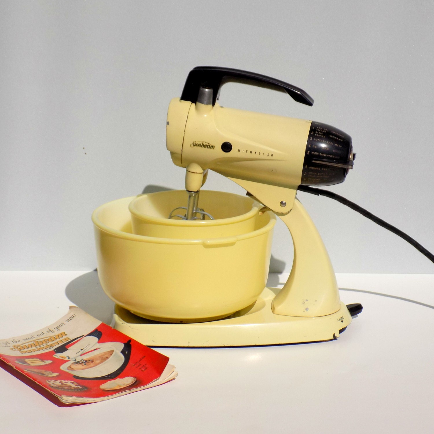 Sunbeam Electric Stand Mixer ~ Vintage s sunbeam mixmaster electric stand mixer in
