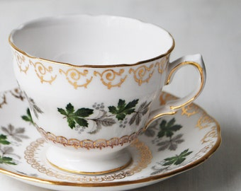 Colclough Teacup, White with Ivy Tea Cup