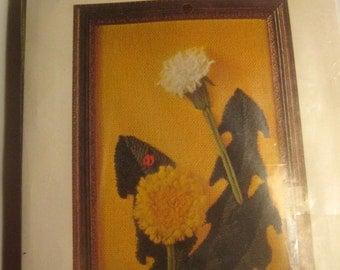 Vintage Bernat Mini Stitchery Embroidery Dandelion S7919