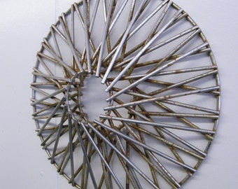Rusty Old Salvage Spoke Wire Wheel Cover