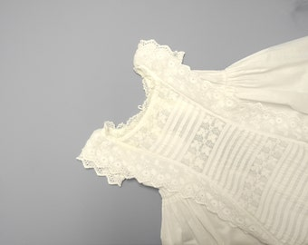 Vintage Baby Clothes, 1870's Handmade Victorian White Lace Baby Girl Christening Gown, Vintage White Christening Gown, Size 6 Months