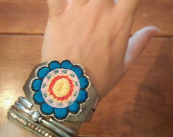 Flower patch cuff bracelet