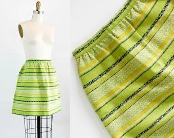 Vintage 1960s mini skirt . Grass Widow . woven green 60s skirt by Bobbi Brooks . 1960s striped mod skirt