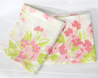 Pair (2) of vintage sheet pillowcases - pink flower bouquets