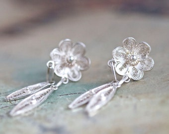 Lace Flowers - Antique Sterling Silver Dangle Earrings - Portuguese Filigree