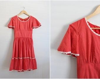 1960s Square Dance Dress / Full Skirt Polka dot Dress / White and Red polka dot Print / Metal Zipper. Size S/M