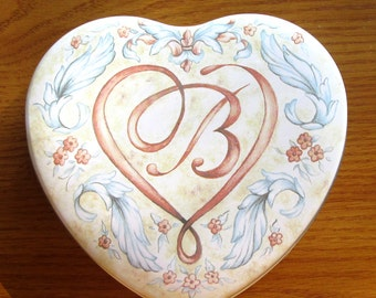 "6"" Brighton Heart Tin Initial B"
