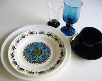 Vintage Place Setting, Mismatched Dishes, Kathie Winkle, Broadhurst Ironstone, Boda Afors, Arcoroc, Art Deco, Corelle, China and Glass