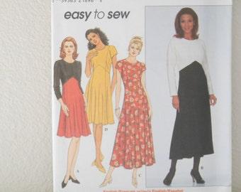 Easy Simplicity Pattern 8224 Color Block Dress Size P 12 14 16  38 42 Long Sleeve Dress Sewing Pattern 1980s UNCUT