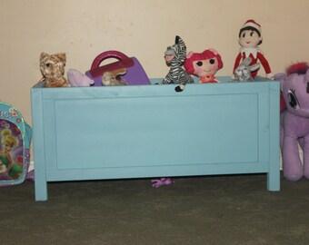 Toy Box, Halcyon Blue