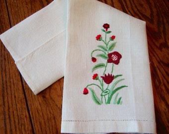 Embroidered Tea Towel Vintage Kitchen Towel Guest Towel Floral Embroidery