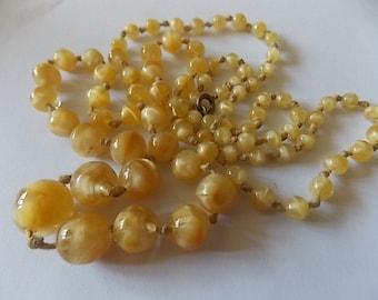 Vintage Art Deco Lemon Marble Glass Necklace LOVELY