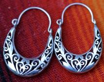 Vintage Sterling Silver Filigree Hoop Dangle Earrings