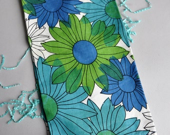 Flower Power Daisy - Tea Towel