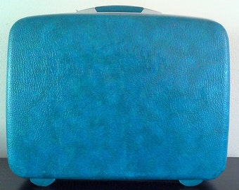 Blue/Green Vintage Luggage