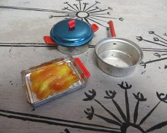 Children's Tea Set Cooking Set Vintage Toys Aluminum Tea Sets Metal Pots and Pans Kitchen Toys Childs Toy Kitchen Turkey