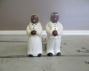 Black Americana Mammy and Butler Salt and Pepper Shakers Vintage Shakers Purple Lips White Outfits Black Mammy Americana Mammy Collectibles