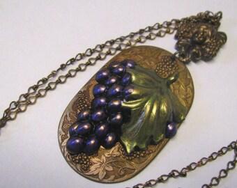Vintage Art Nouveau Gingerbread Brass Wine Lover's Pendant Necklace, Grapes, Wine Taster's Jewelry, Vintage Brass Necklace, Purple Grapes