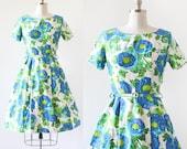 1960s Dress / Blue Poppies Dress / Novelty Print Dress / Flower Print Cotton Dress / Full Skirt Dress / Cotton Floral Dress / XS S