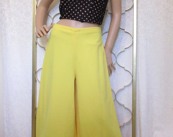 Vintage 1970s Palazzo Pants Bright Yellow Stretch Knit M