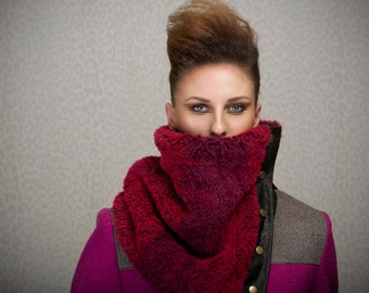 SALE Fur cowl with snaps, dark burgundy and red fake fur, perfect for wool allergies