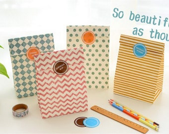 Paper Gift Bag Set - 04 Geometry - 4 Pcs in different Patterns with seal
