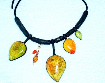 Leaves necklace. Polymer clay necklace. Autumn leaves necklace/