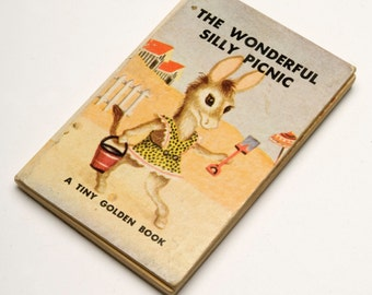 Vintage Tiny Golden Book_ The Wonderful Silly Picnic 1949 by Dorothy Kunhardt _illustrator Garth Williams