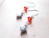 Siam Red Swarovski Crystal Antiqued Silver Pewter Diamond Earrings TCJG
